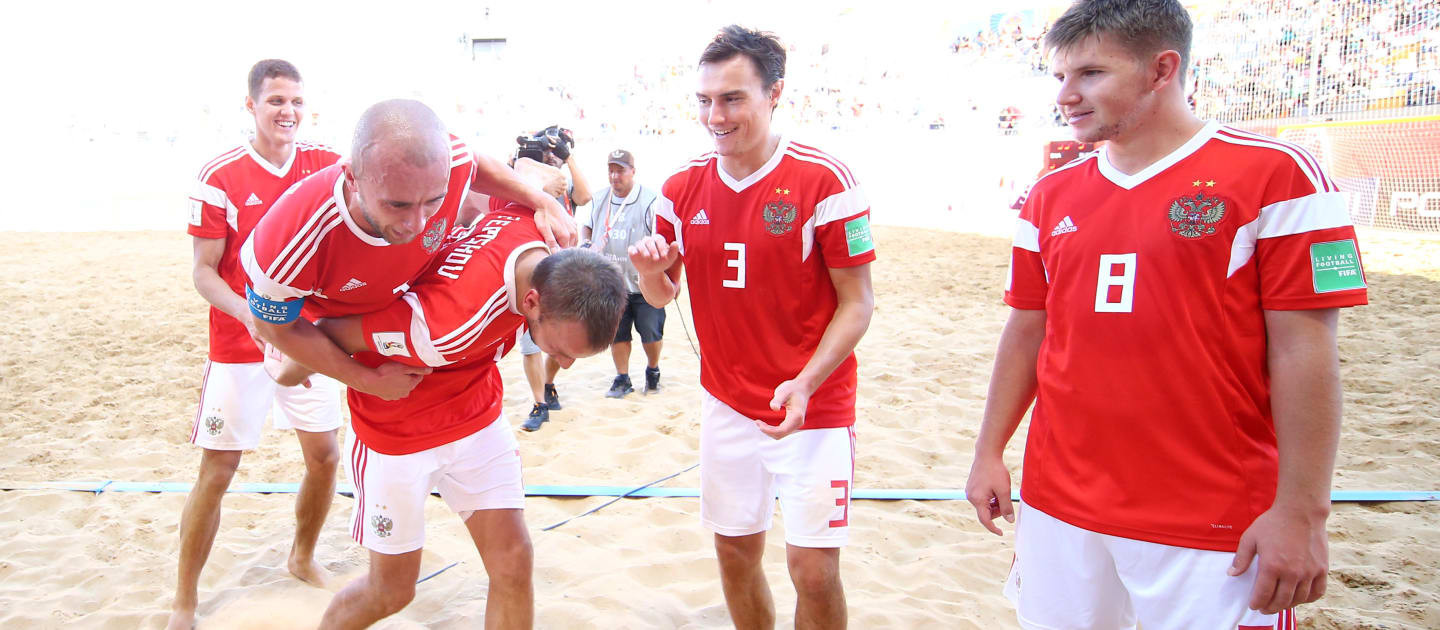 Russia are through to the semi-finals of the FIFA Beach Soccer World Cup ©Getty Images