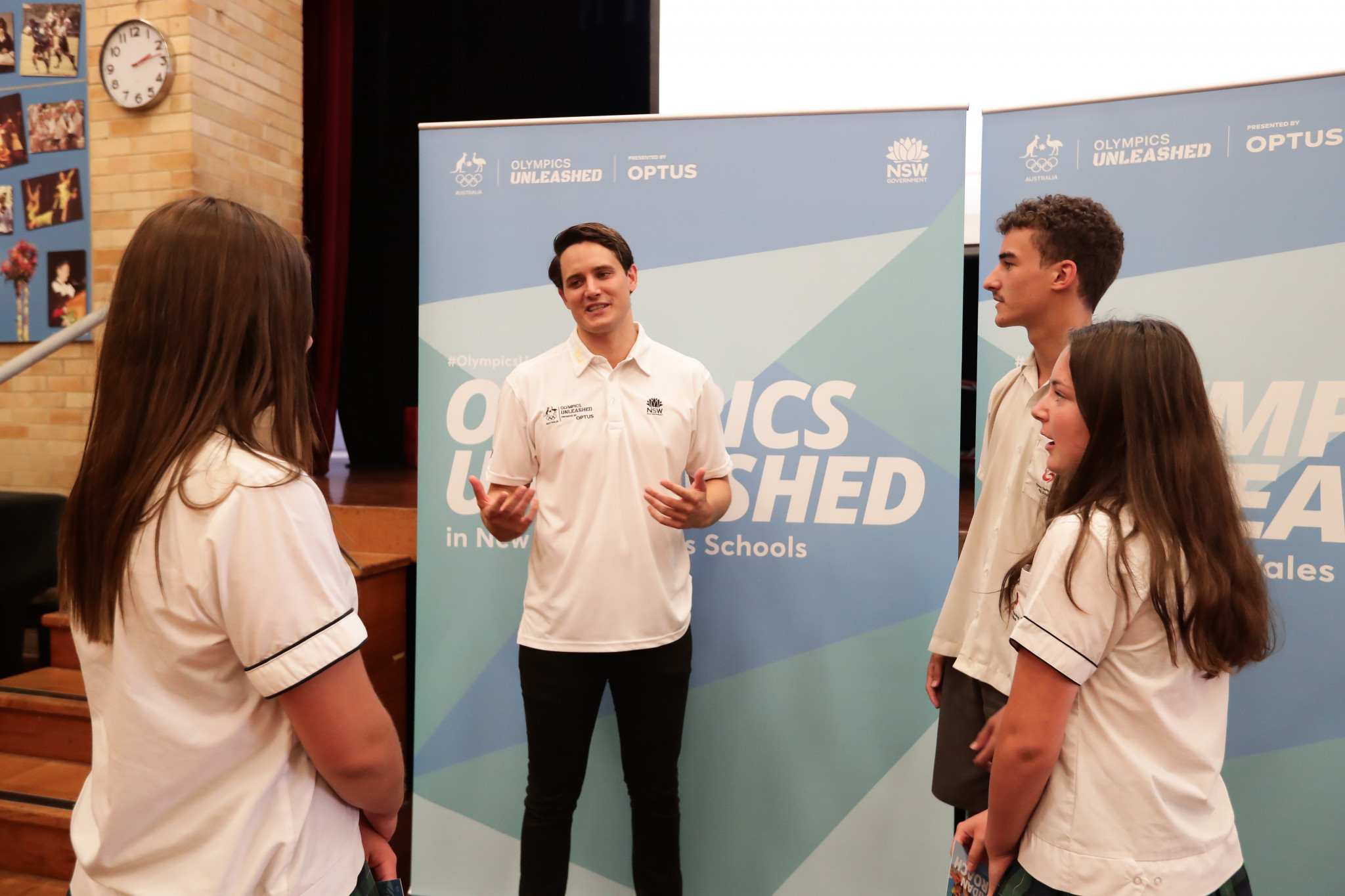 Water polo player Aidan Roach visited students at the Gymea Technology High School ©Olympics Unleashed