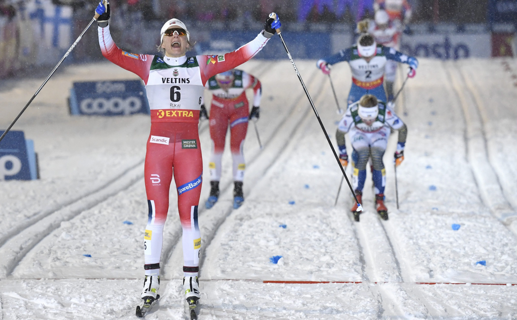 Maiken Caspersen Falla triumphed in the women's sprint race ©Getty Images