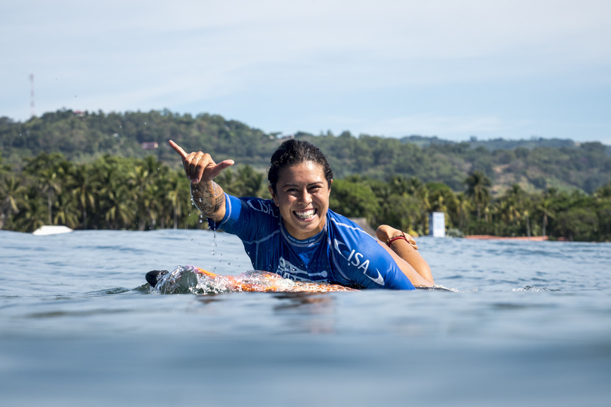 Salazar's compatriot Aline Adisaka will represent Brazil in the women's repechage final ©ISA