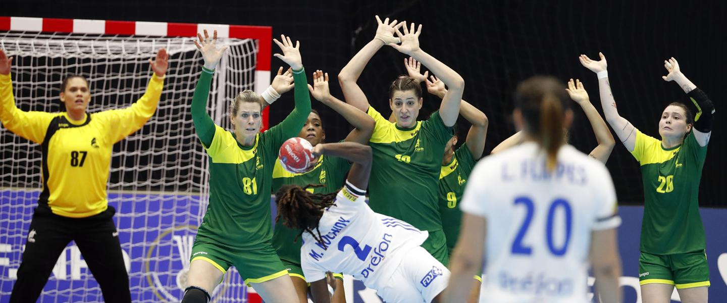 Defending champions France held to draw by Brazil at IHF Women's World Championships
