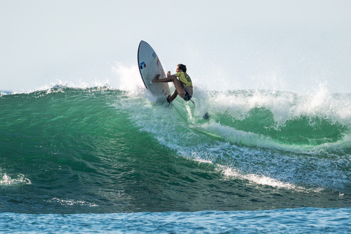 Justine Dupont thrilled the crowds in the standup paddle surf final ©ISA