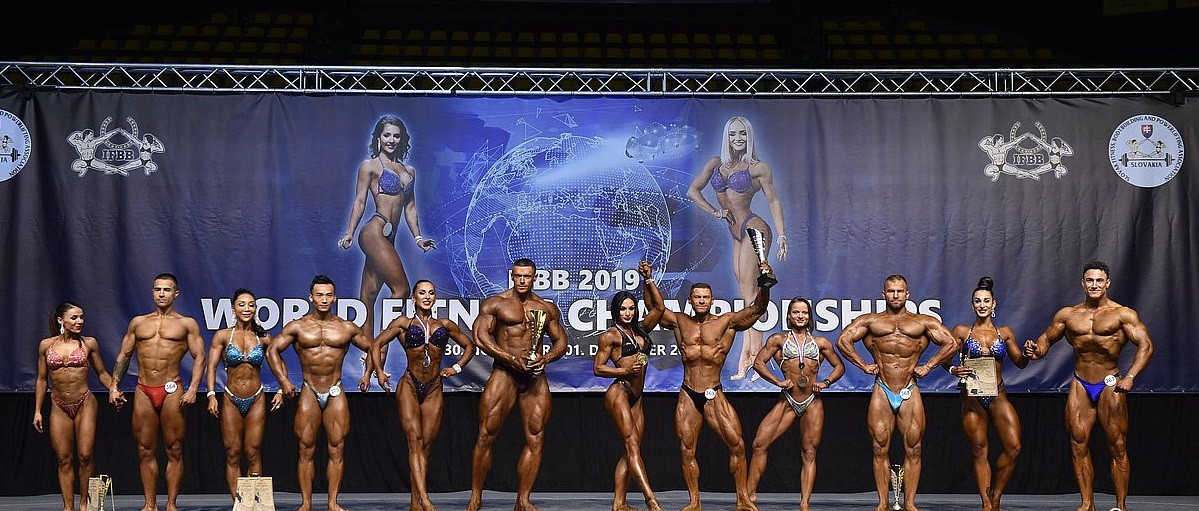 Competition was also held in the mixed pairs event ©IFBB/EastLabs Photos