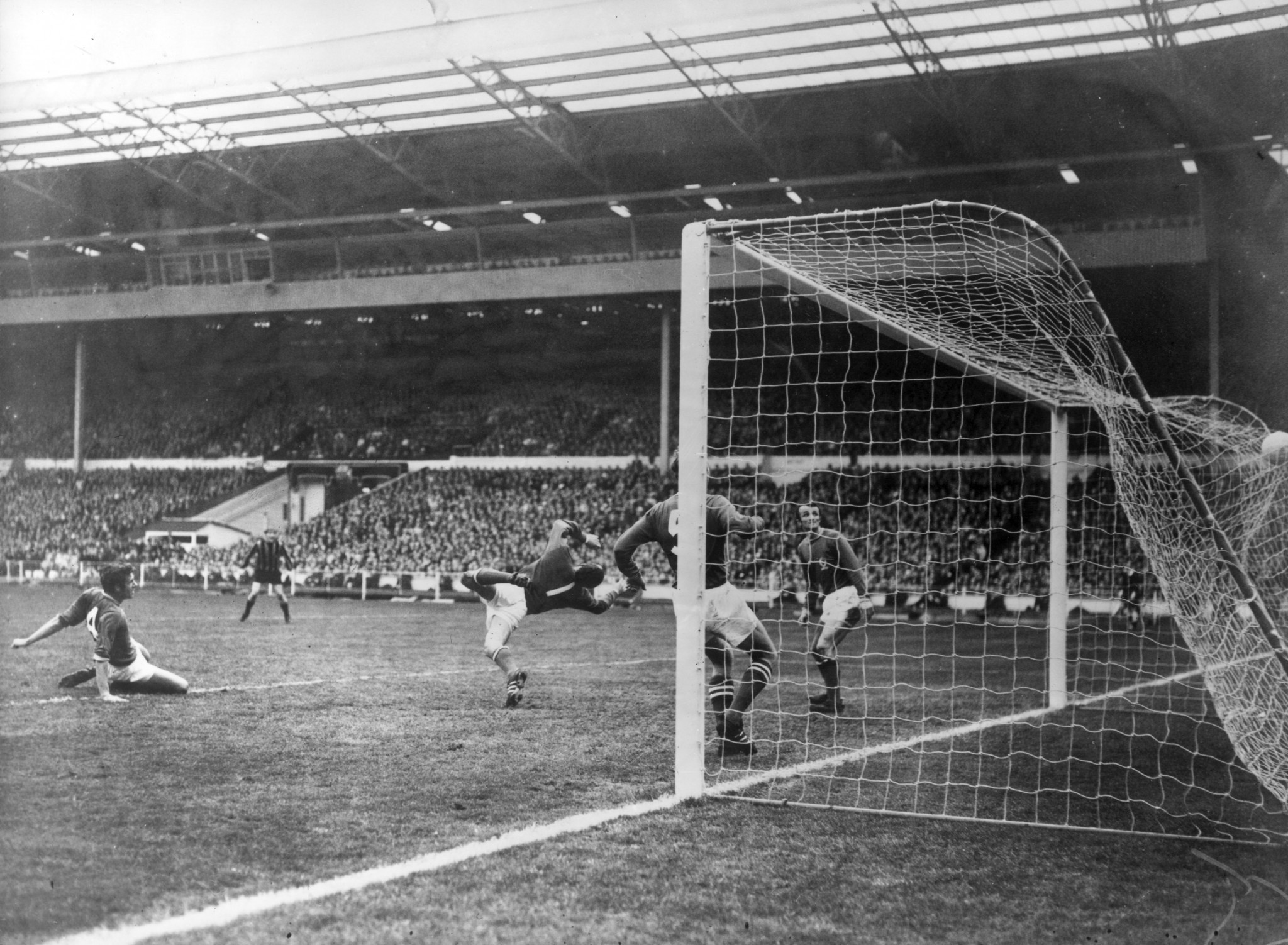 The FA Cup Final won and lost - Neil Young's goal earns victory for Manchester City over Leicester City in 1969 ©Getty Images