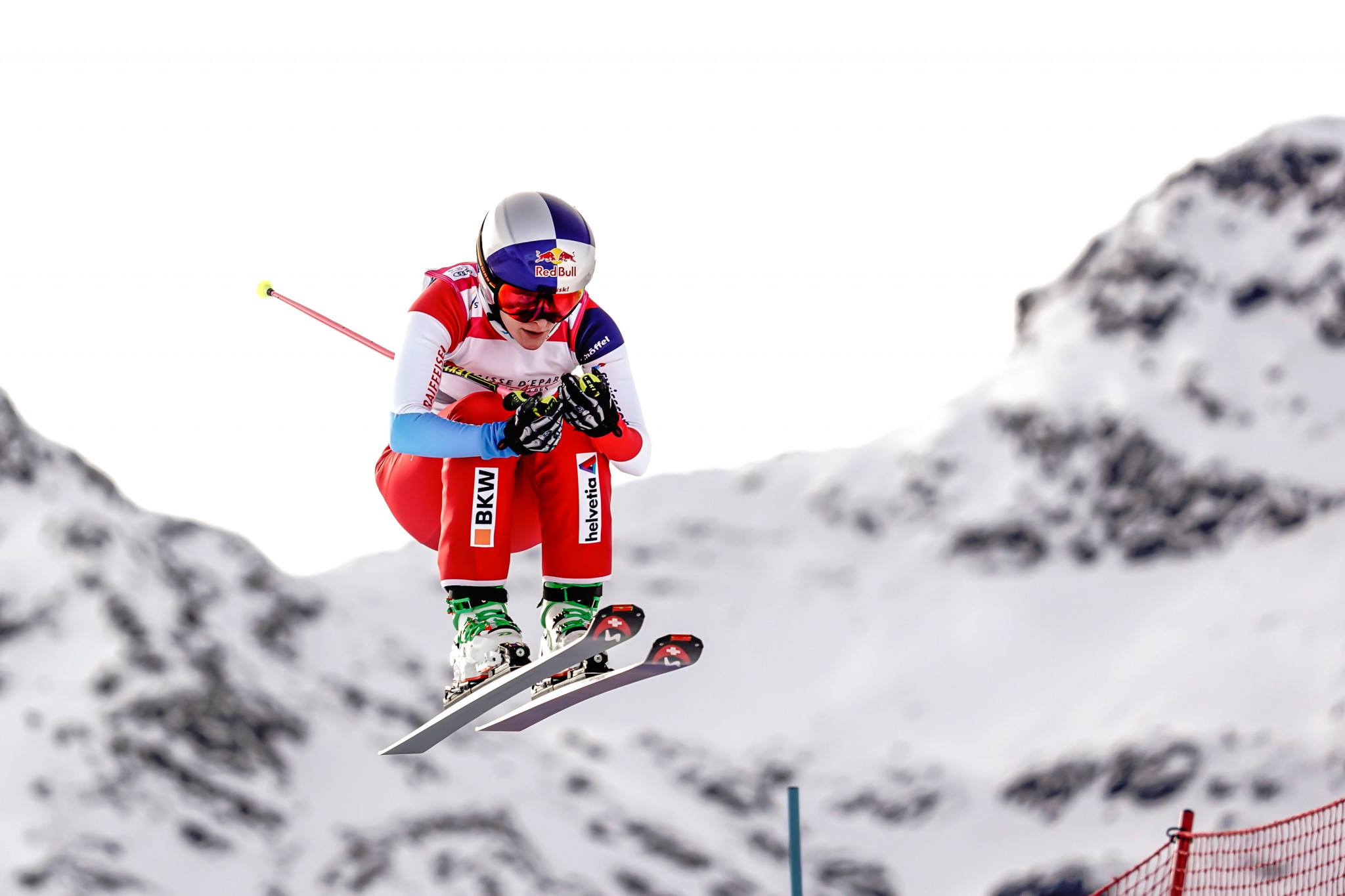 Smith impresses at season-opening FIS Ski Cross World Cup
