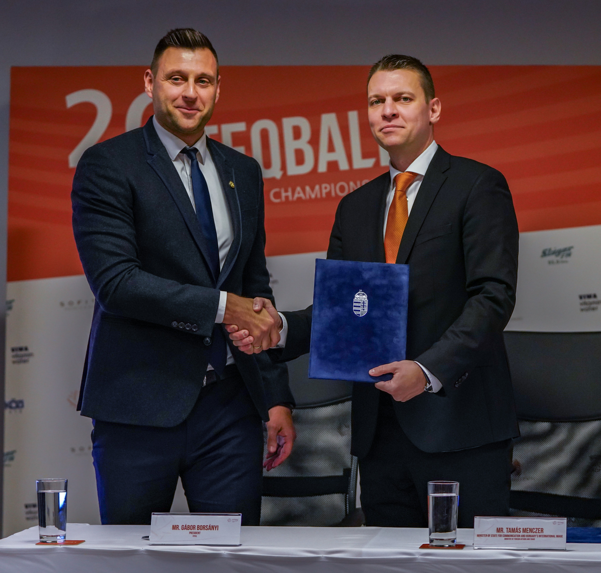 FITEQ President Gábor Borsányi and Tamás Menczer, State Secretary for Information and International Representation of Hungary, signed a strategic cooperation agreement during the press conference ©FITEQ