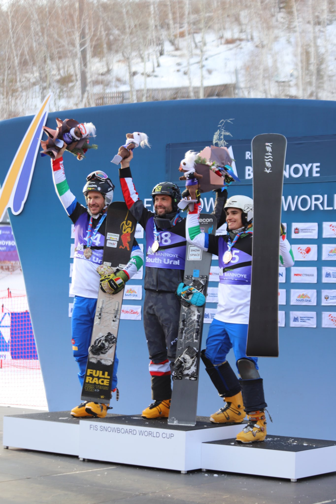 Zogg and Prommegger enjoy parallel slalom wins at FIS Alpine Snowboard World Cup