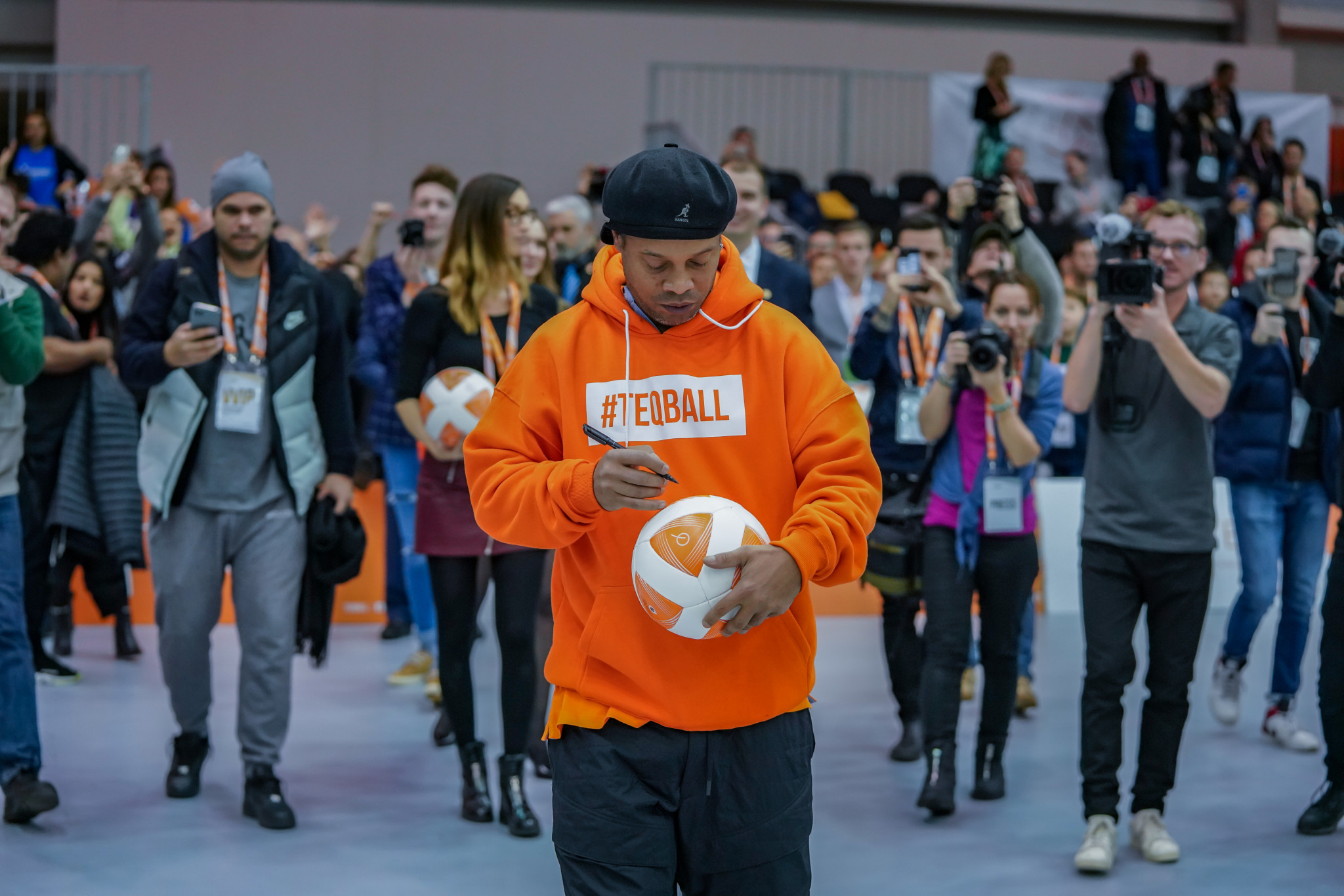 Brazilian football legend Ronaldinho drew the crowds at the Teqball World Championships ©FITEQ