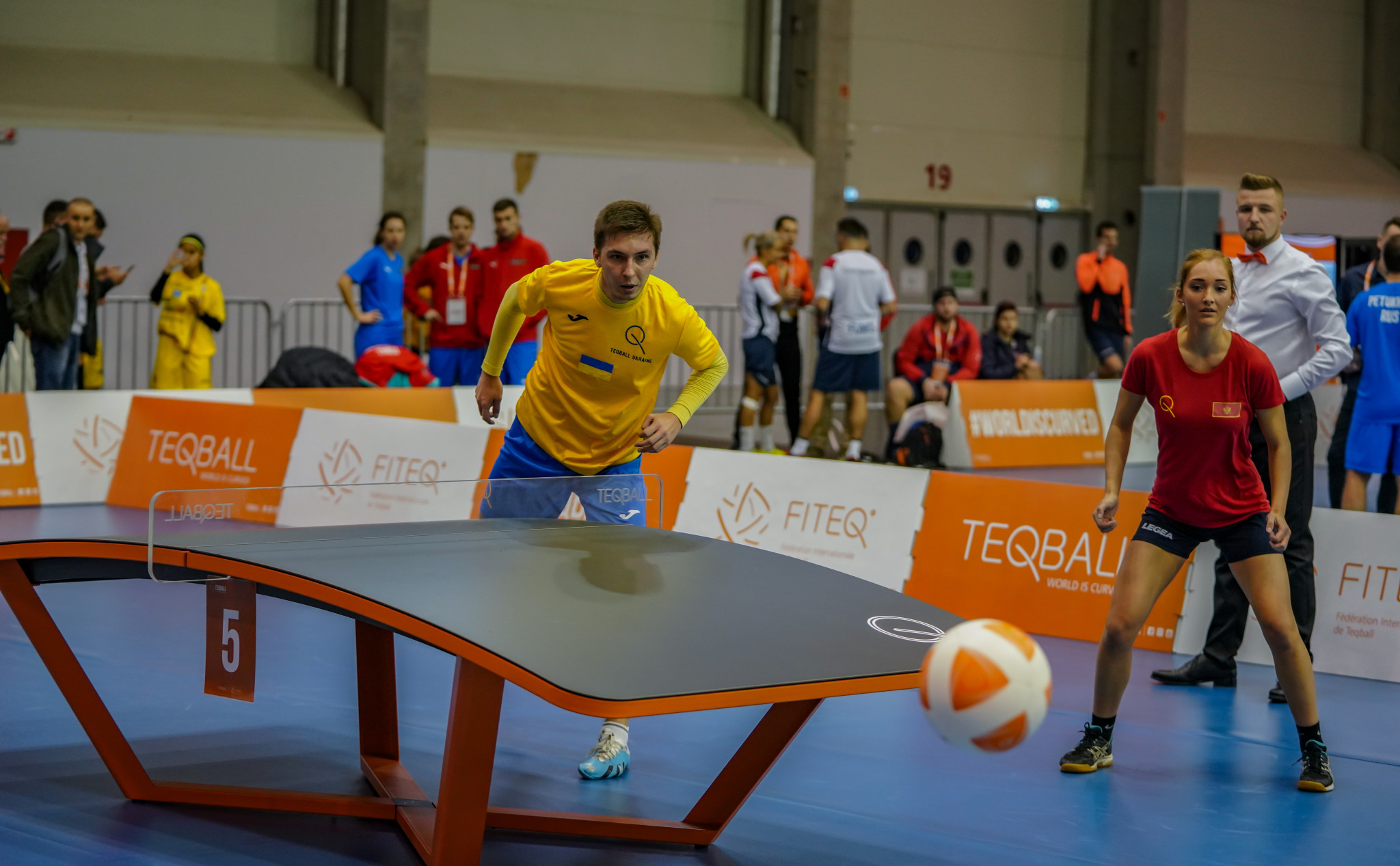 Teqball is an extremely inclusive game, with men and women often pitted against eachother ©FITEQ
