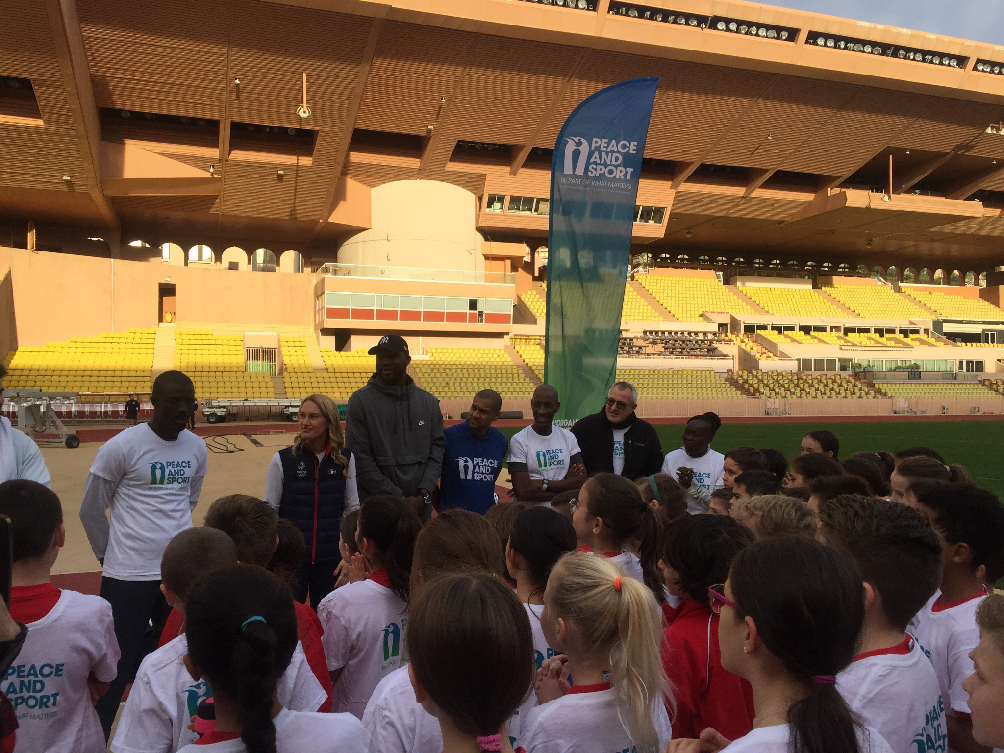 There they had a coaching session with local schoolchildren ©ITG