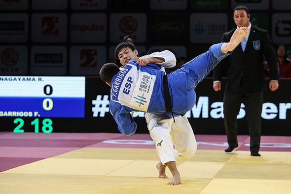 World number one Ryuju Nagayama beat world number seven Francisco Garrigos of Spain to clinch the under-60kg gold medal ©IJF