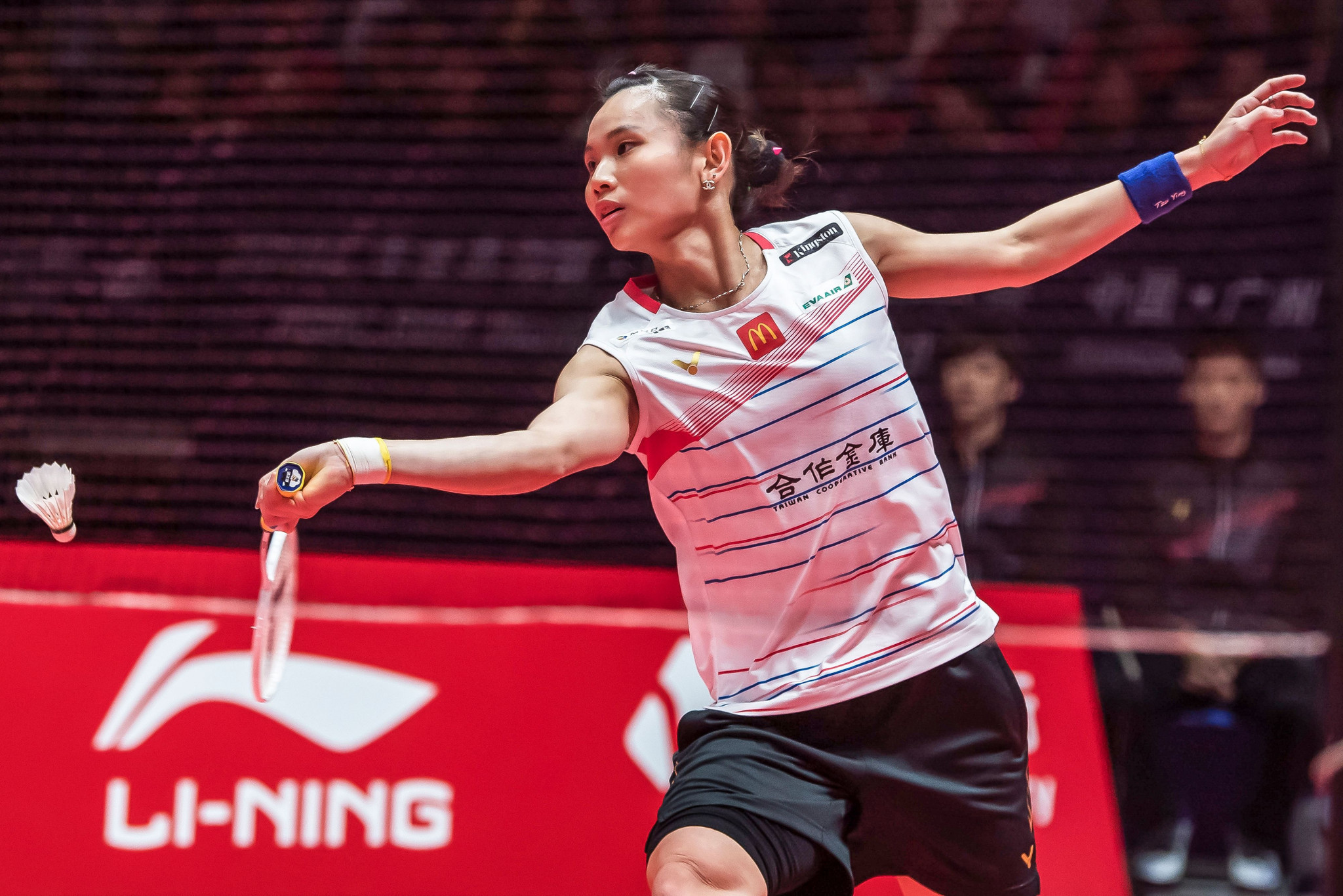 Tai bounces back as first semi-final places earned at BWF World Tour Finals