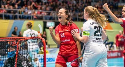 Hosts Switzerland and Finland into Women's World Floorball semi-finals