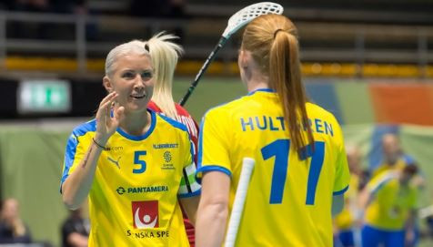 Sweden sweep to semi-final place at Women's World Floorball Championships