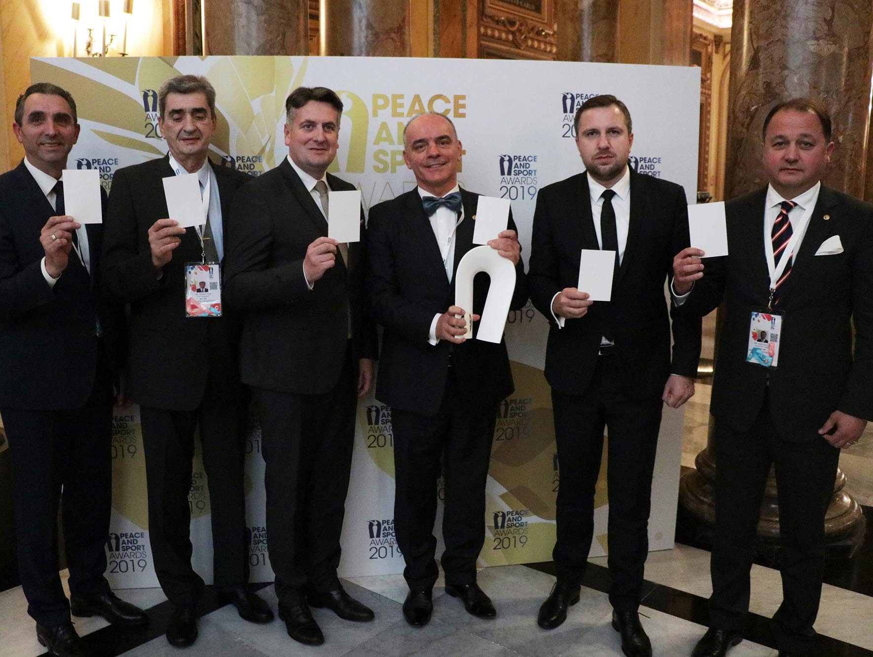 The Olympic Committee of Bosnia and Herzegovina and the cities of Sarajevo and East Sarajevo won Peace and Sport's diplomatic action of the year award ©Twitter