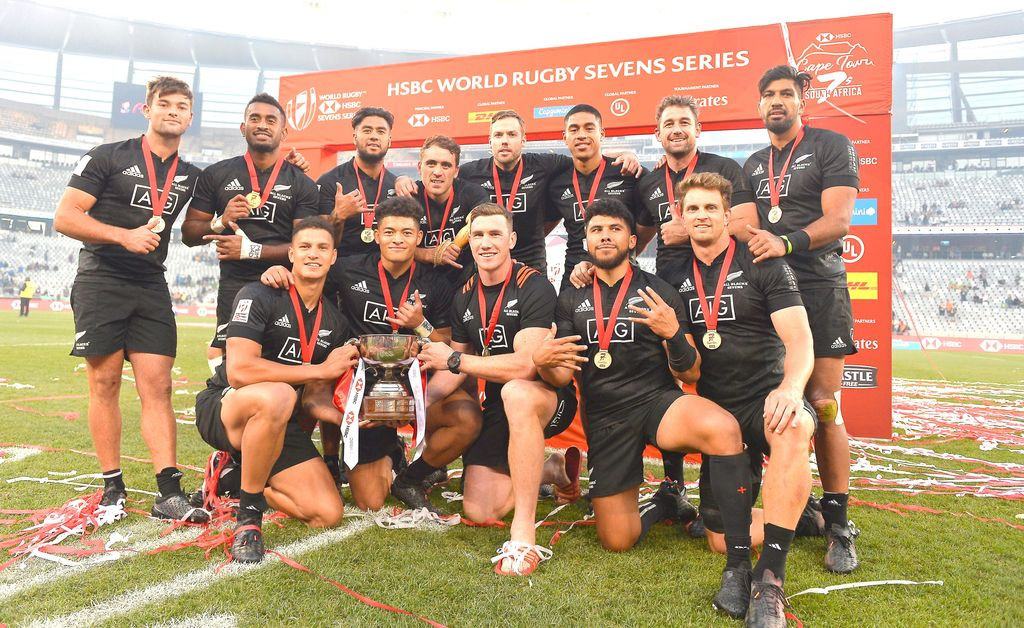 New Zealand beat South Africa to win Cape Town leg of World Rugby Sevens Series