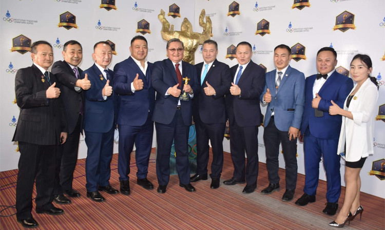 Mongolian Sambo Federation President pledges further improvement after awards honour