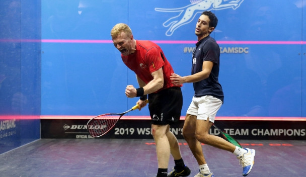 Joel Makin stunned Egyptian world number four Tarek Momen in Wales's opening match with Egypt ©PSA