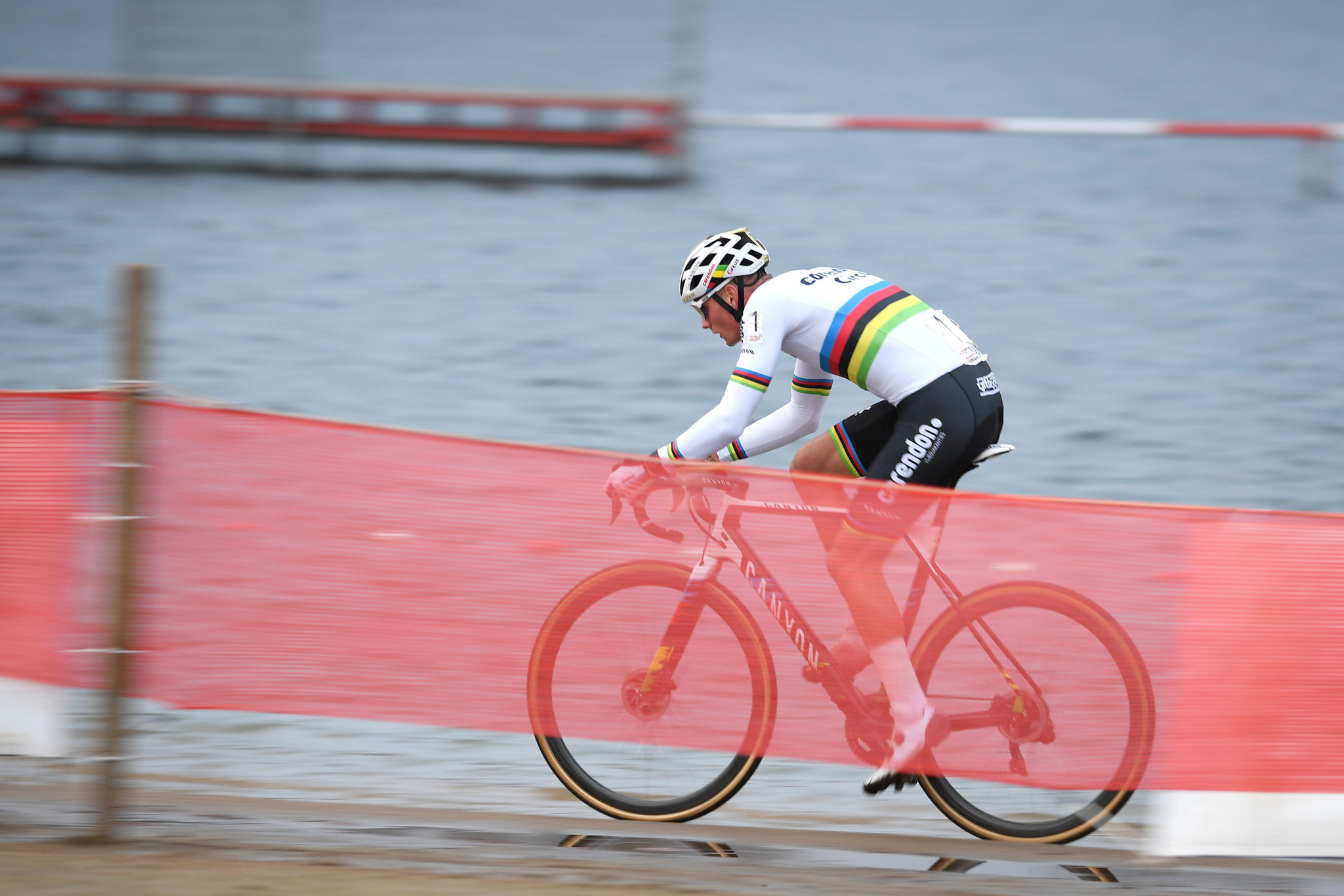 Van der Poel seeking to extend UCI Cyclo-cross World Cup win streak in Namur