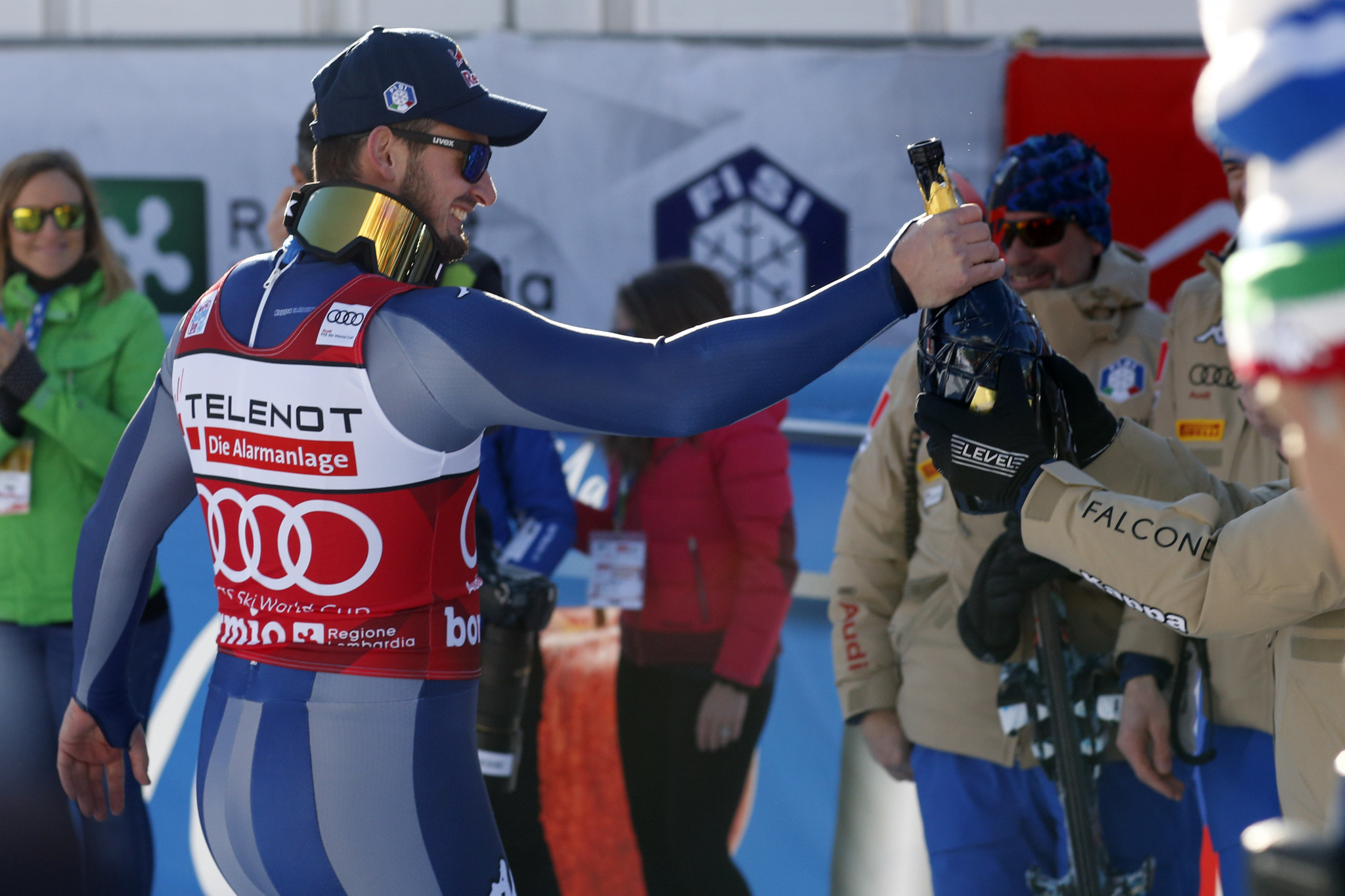 Paris secures second straight downhill win at FIS Alpine Skiing World Cup