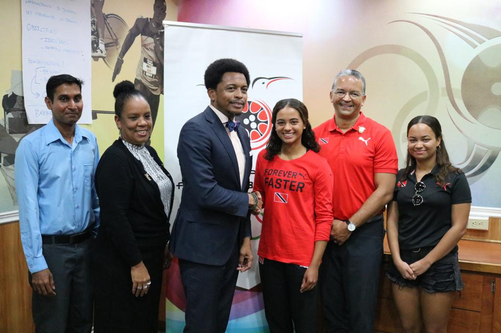 Abigail Vieira appeared at a media event alongside her family, TTOC President Brian Lewis and secretary general Annette Knott and Trinidad and Tobago Snowsports Federation President Hamish Hasmath ©TTOC