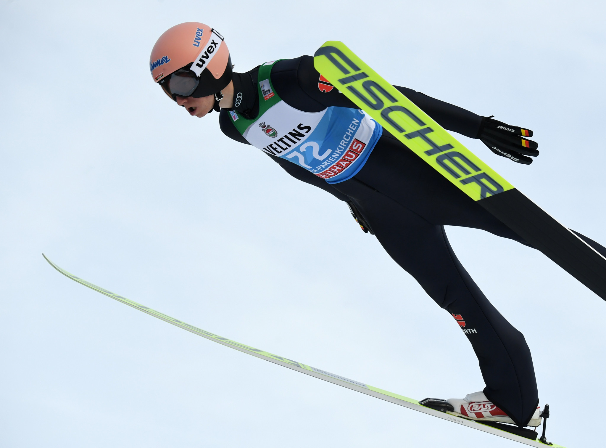 Geiger tops qualification at second Four Hills Tournament event