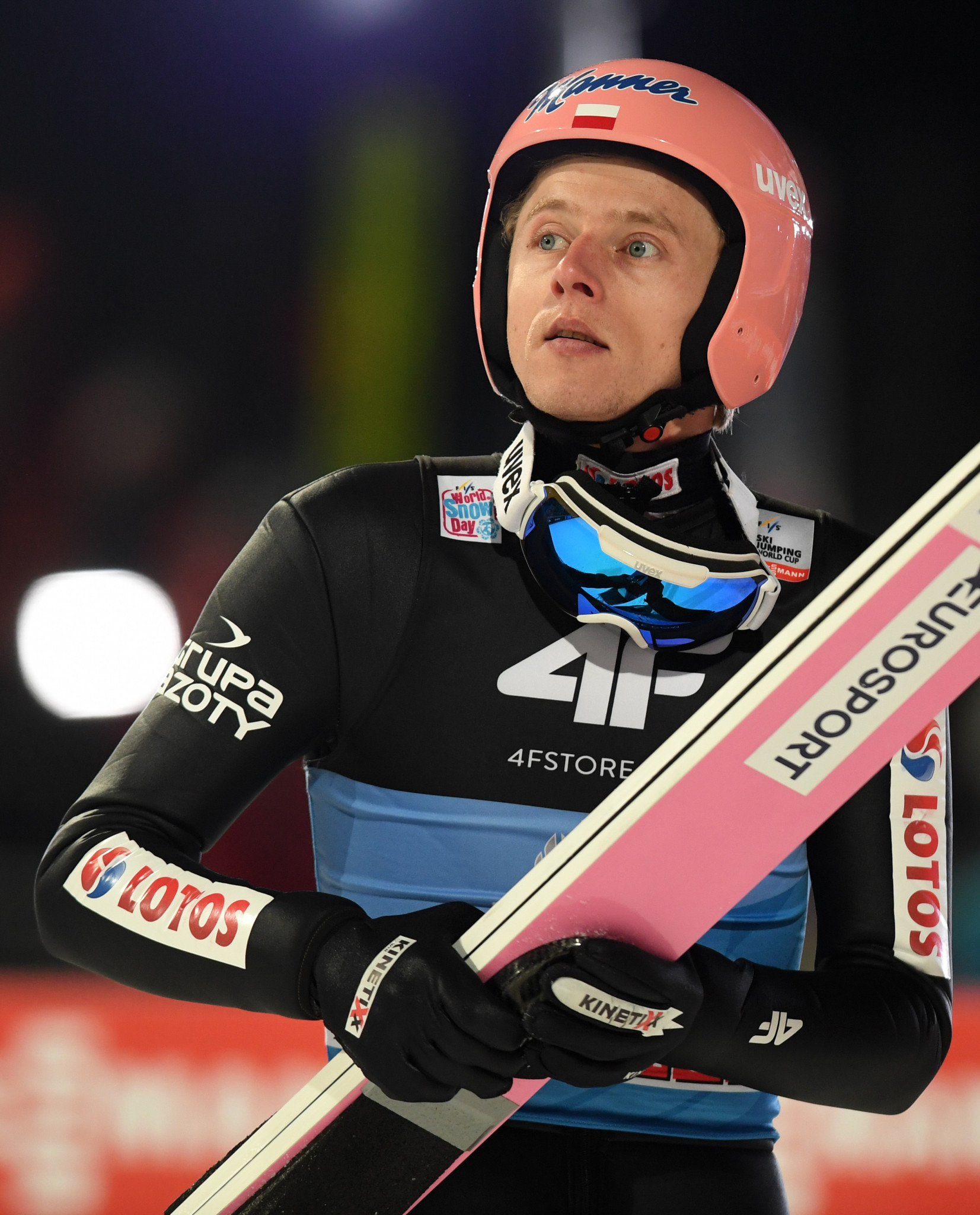Kubacki set fair to claim Four Hills Tournament title in Bischofshofen after qualifying safely