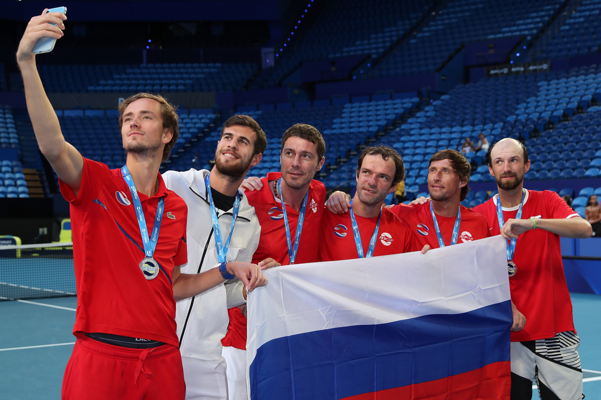 Russia and Britain reach last eight at ATP Cup