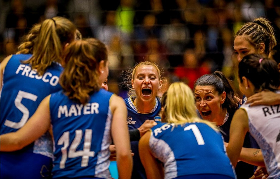 Argentina proved too powerful for Peru ©FIVB