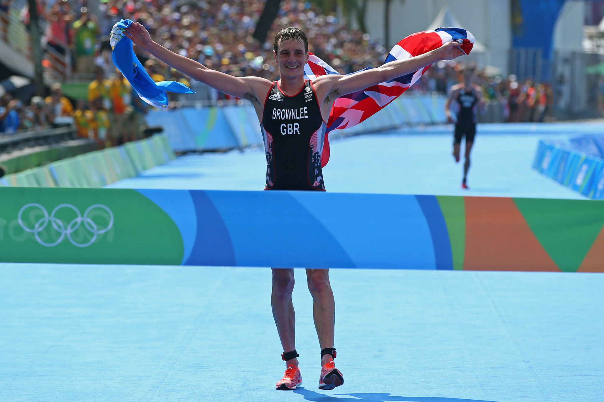 Alistair Brownlee made it back-to-back Olympic titles at Rio 2016 ©Getty Images