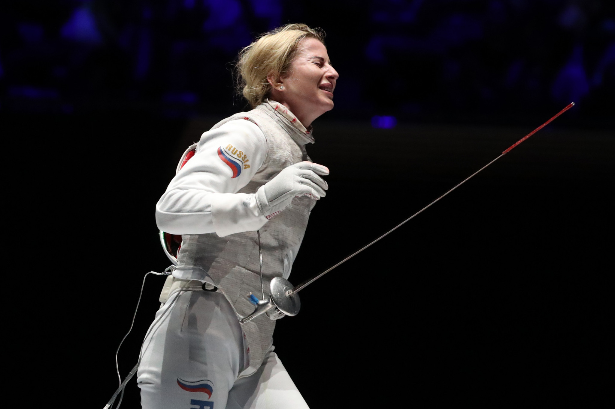 Olympic champion Deriglazova triumphs at FIE Women's Foil World Cup
