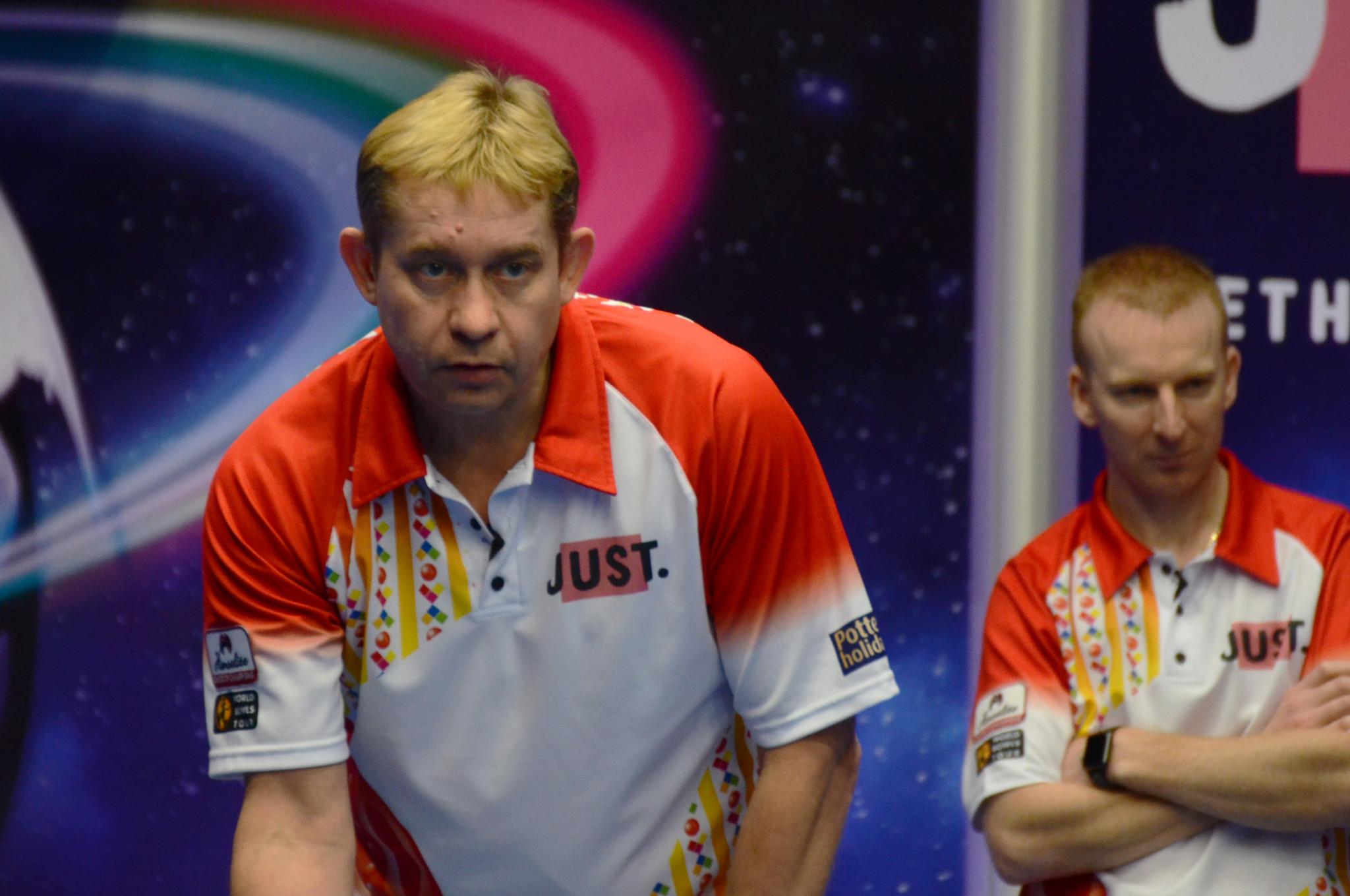 Harlow and Brett reach pairs semi-final at World Indoor Bowls Championships