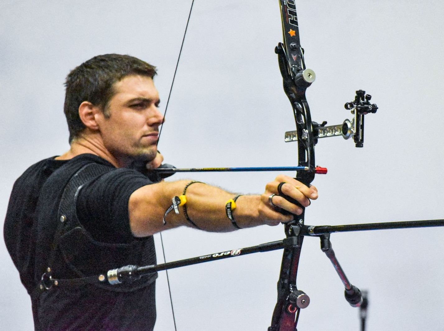 Barnes tops overall rankings after home victory at Indoor Archery World Series in Sydney