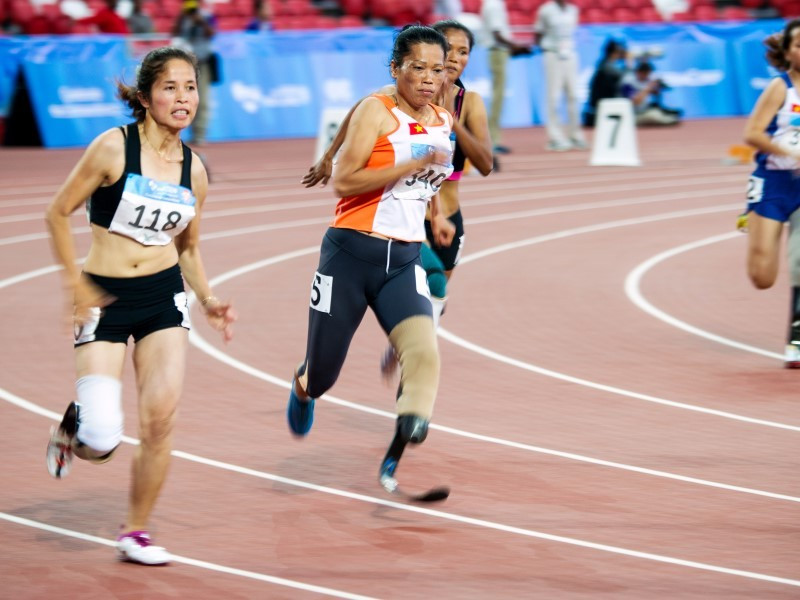 Veteran Vietnamese sprinter claims 200m gold at Singapore 2015 ASEAN Para Games