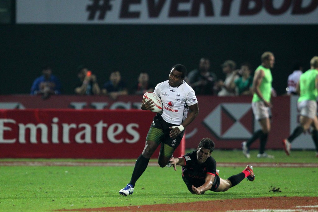 Defending champions Fiji reach quarter-finals with unbeaten record at World Rugby Sevens Series