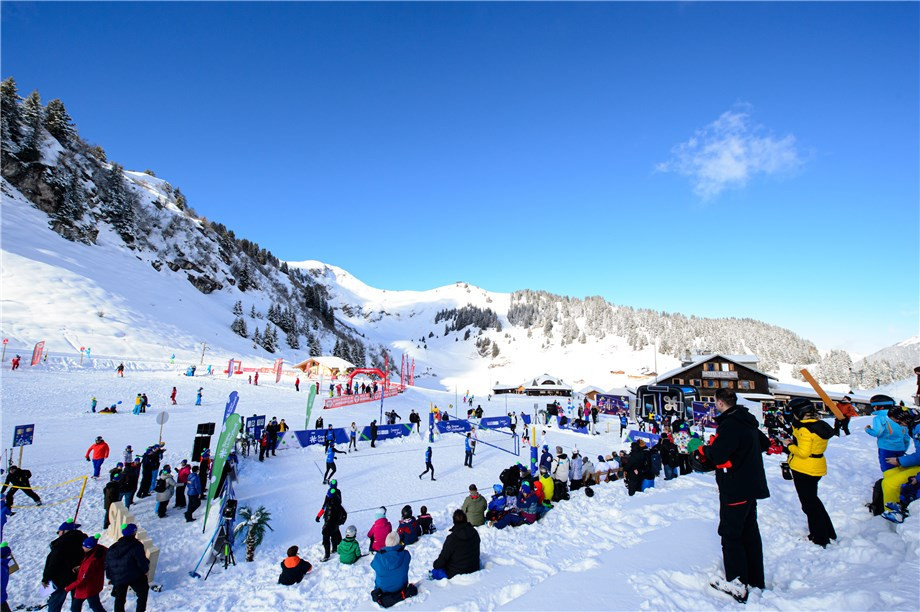 The FIVB held a snow volleyball demonstration in Villars ©FIVB