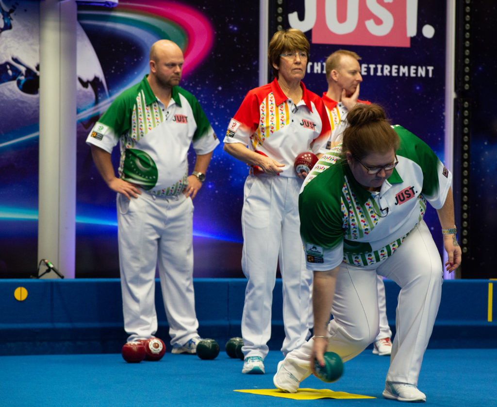England's Nick Brett and Wales' Marion Purcell defeated Scotland's Stewart Anderson and Lorna Cameron in the second semi-final of the mixed pairs ©World Bowls Tour