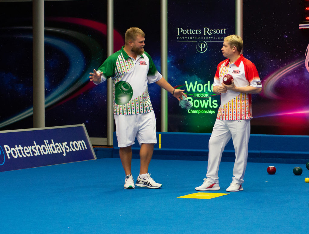 Greg Harlow beat Australia's Blake Nairn in the first round of the open singles event ©World Bowls Tour
