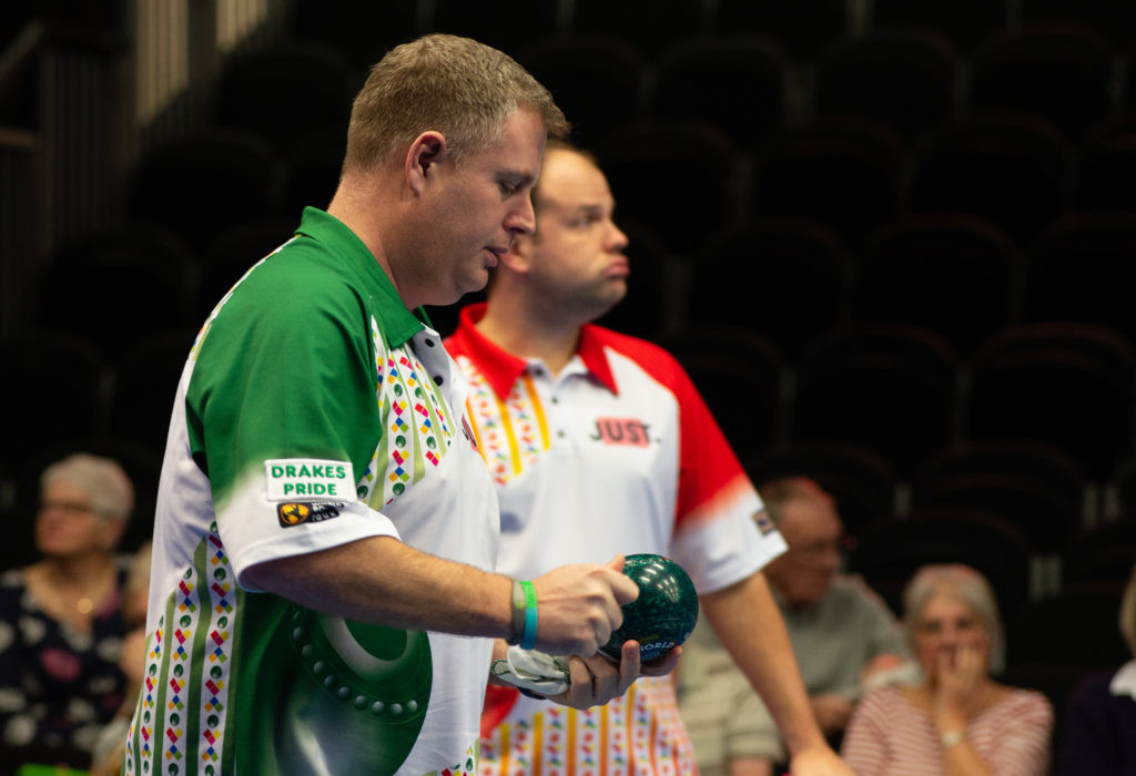 Robert Paxton beat fellow Englishman Jamie Chestney in the last-16 of the open singles event ©World Bowls Tour