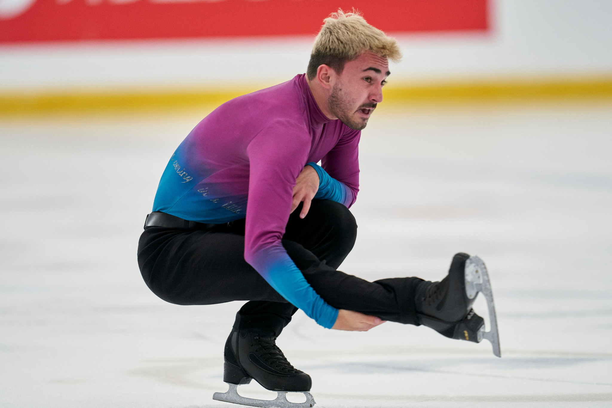 Fernández retirement leaves men's singles title up for grabs at ISU European Figure Skating Championships