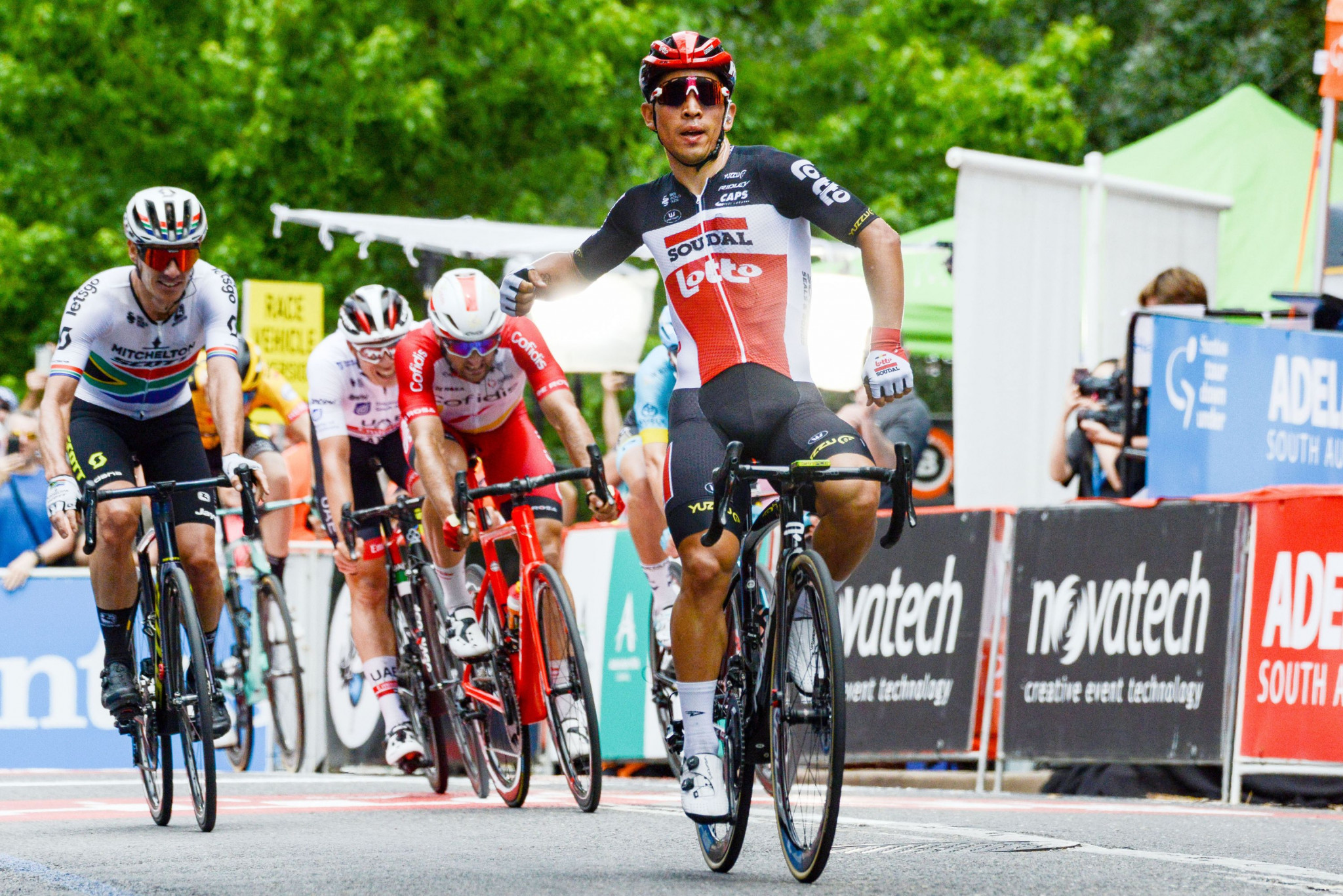 Ewan takes overall lead after second stage victory at Tour Down Under