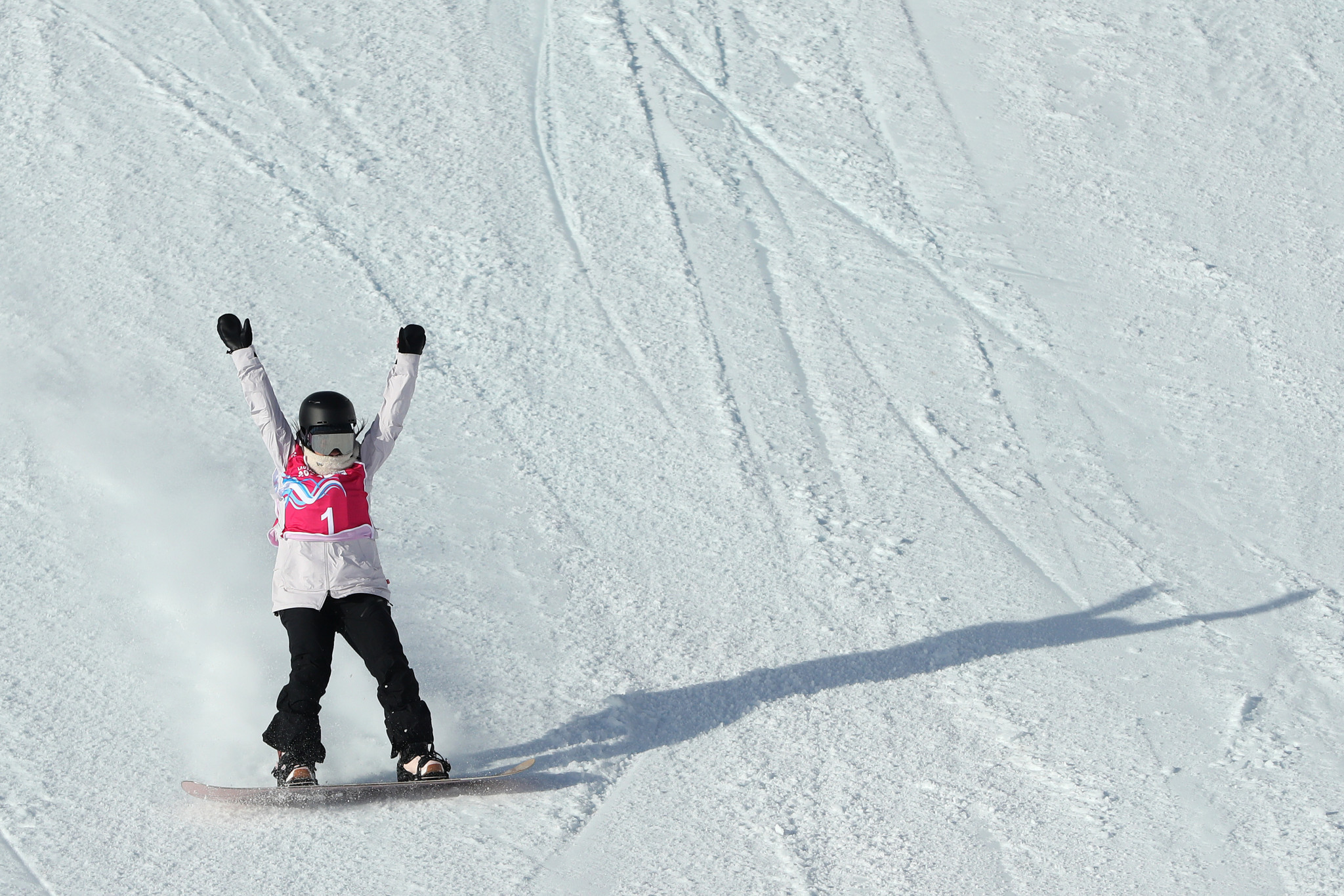 A strong final run ensured Hinari Asanuma won the women's competition ©Getty Images