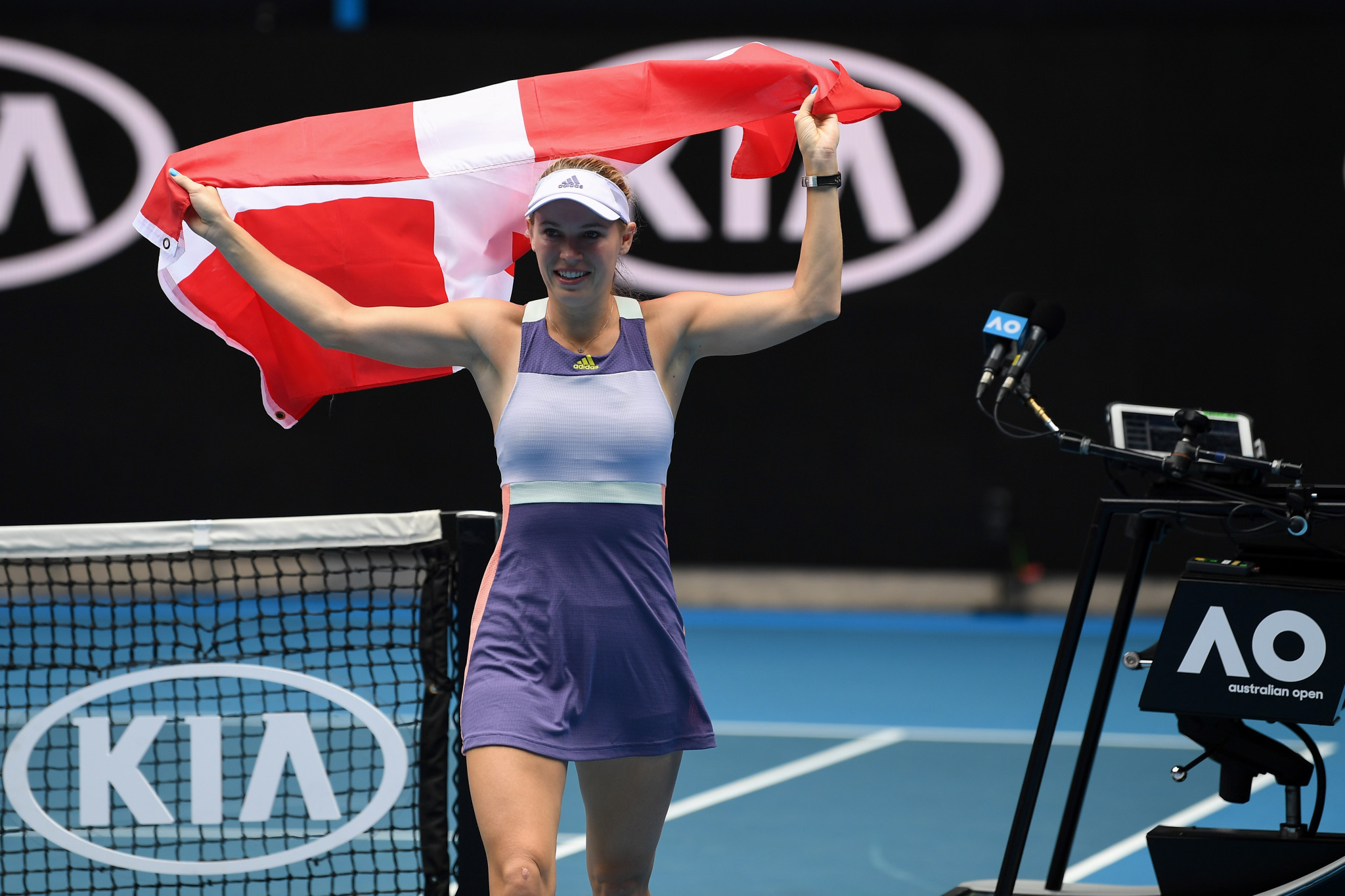 Caroline Wozniacki of Denmark played her last professional tennis match, losing 7-5, 3-6, 7-5 to Ons Jabeur of Tunisia ©Getty Images