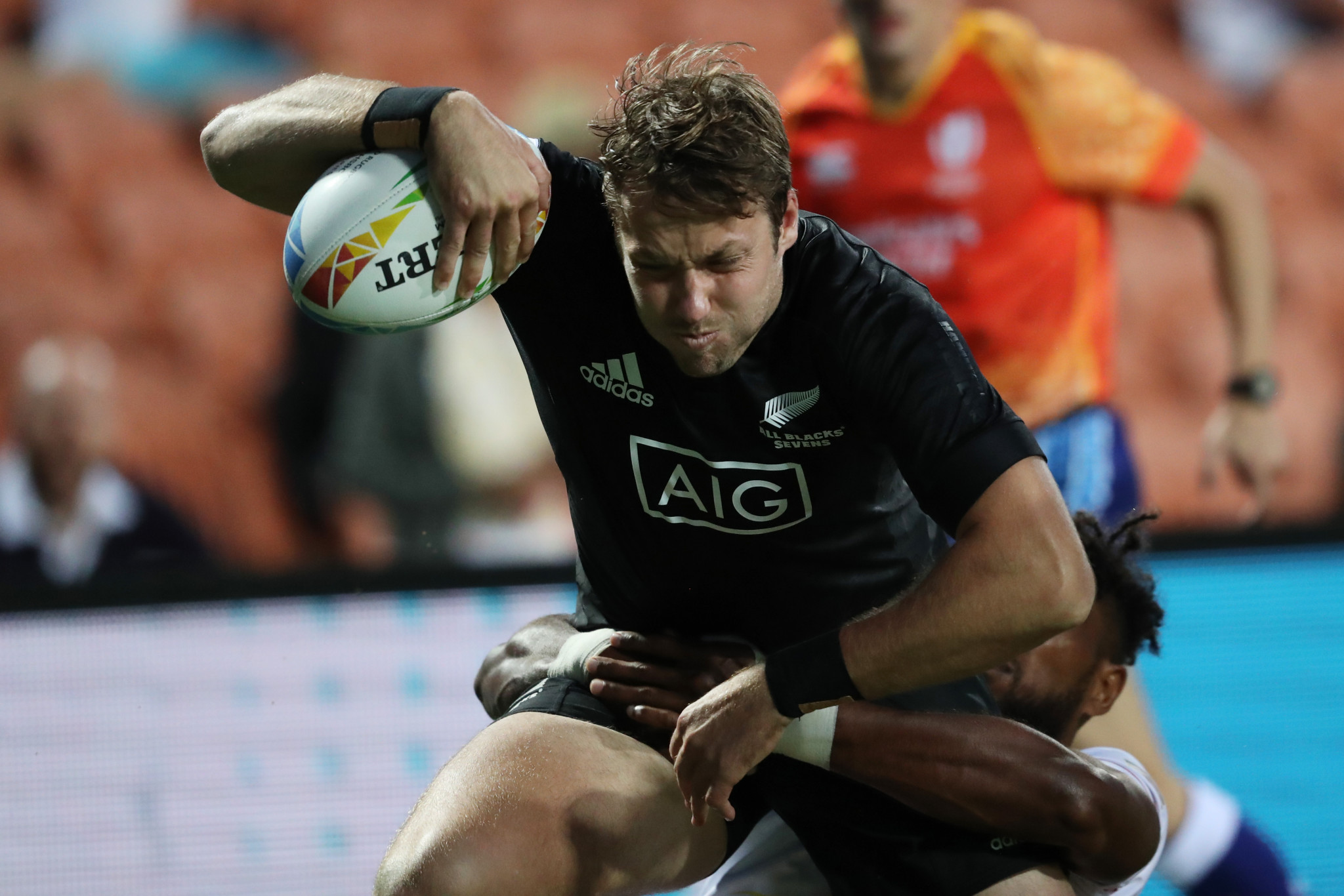 New Zealand's Tim Mikkelson in the Sevens Series against USA ©Getty Images