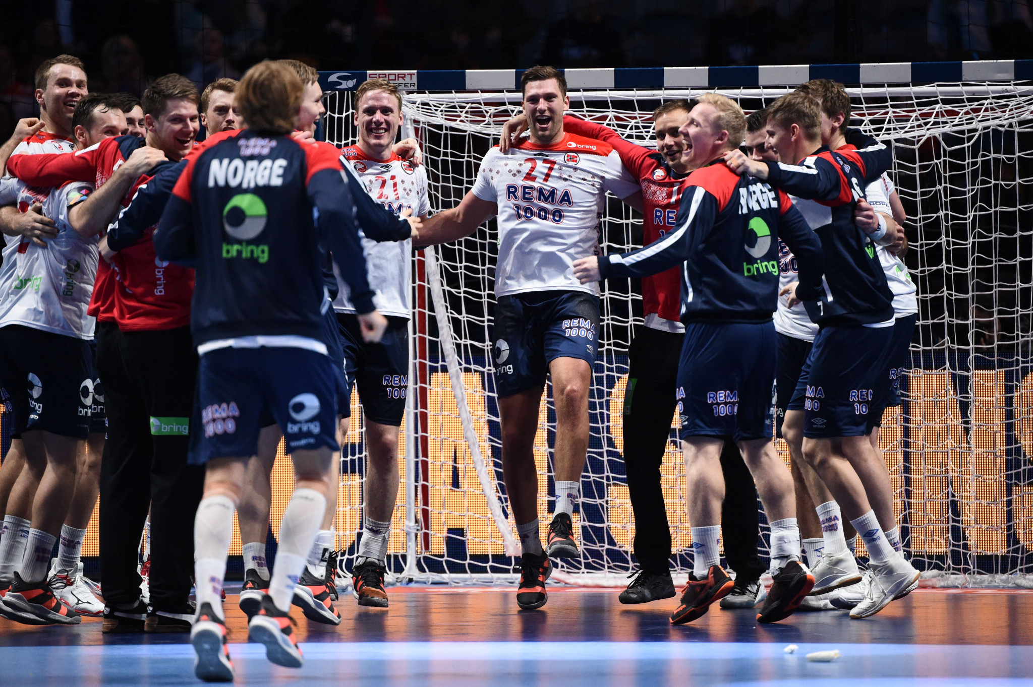 Norway celebrate after winning the Men's European Handball Championship bronze medal ©Getty Images