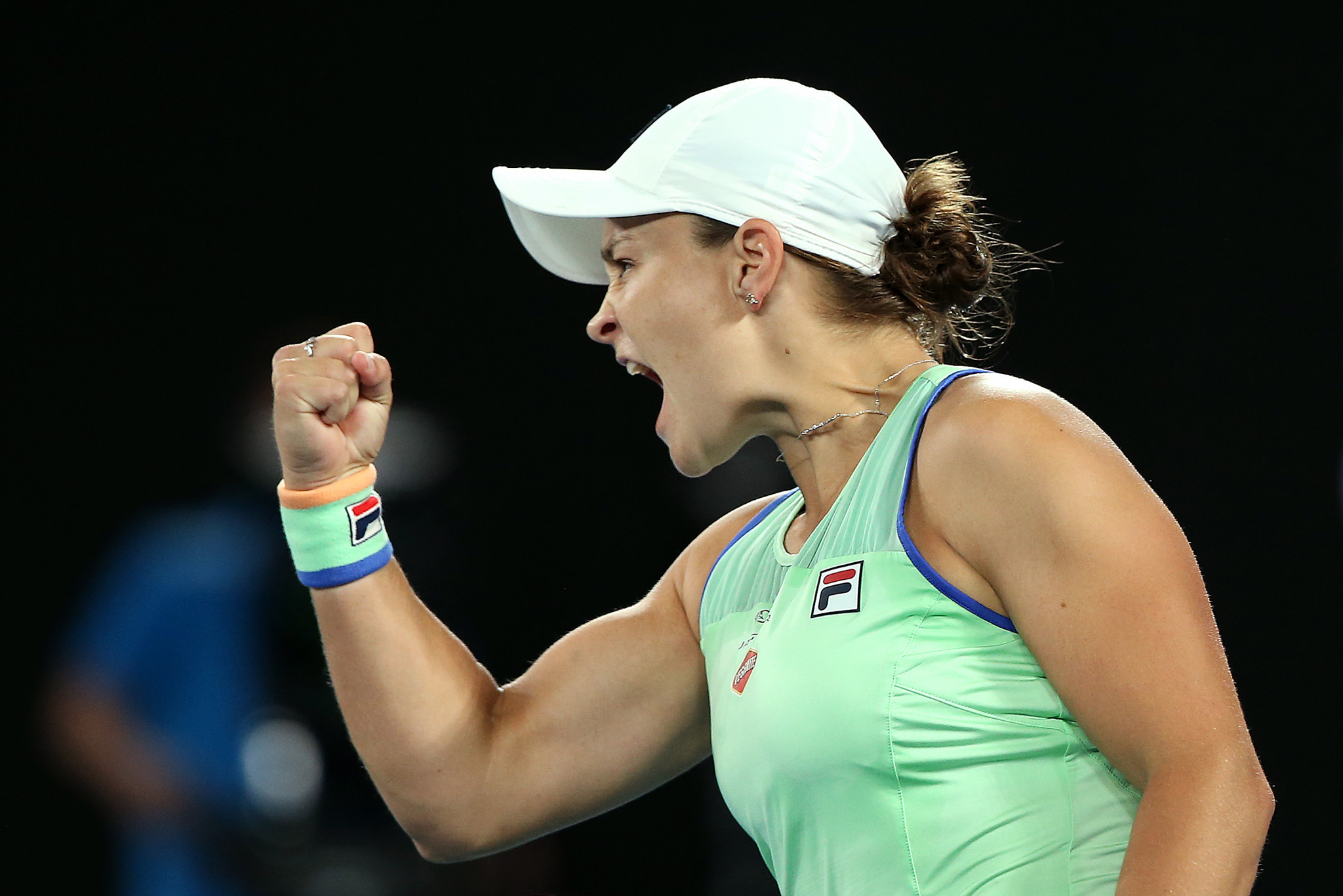 Barty keeps dream alive by reaching Australian Open quarter-finals
