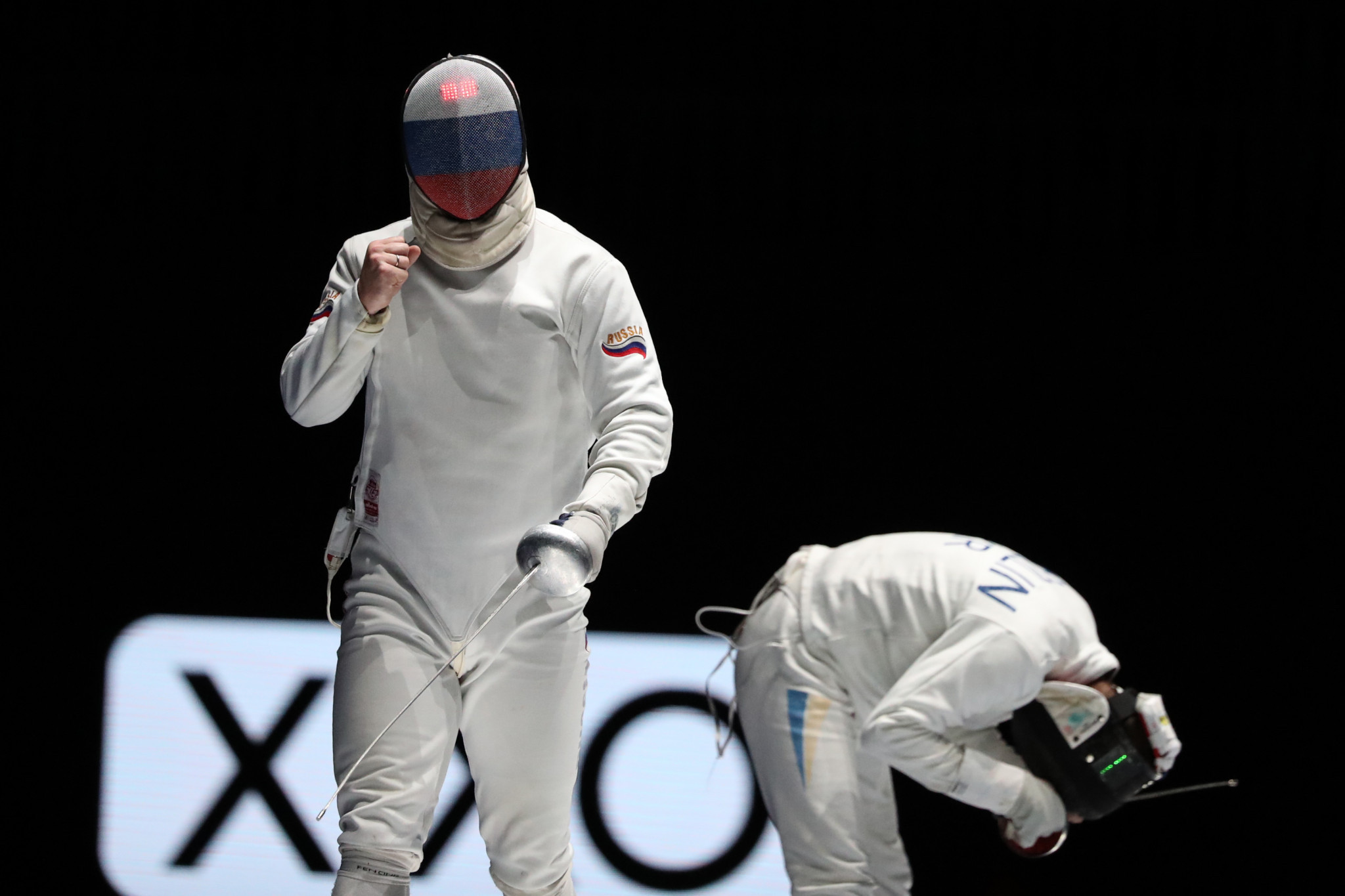 Top four seeds knocked out in opening rounds of men's Épée World Cup