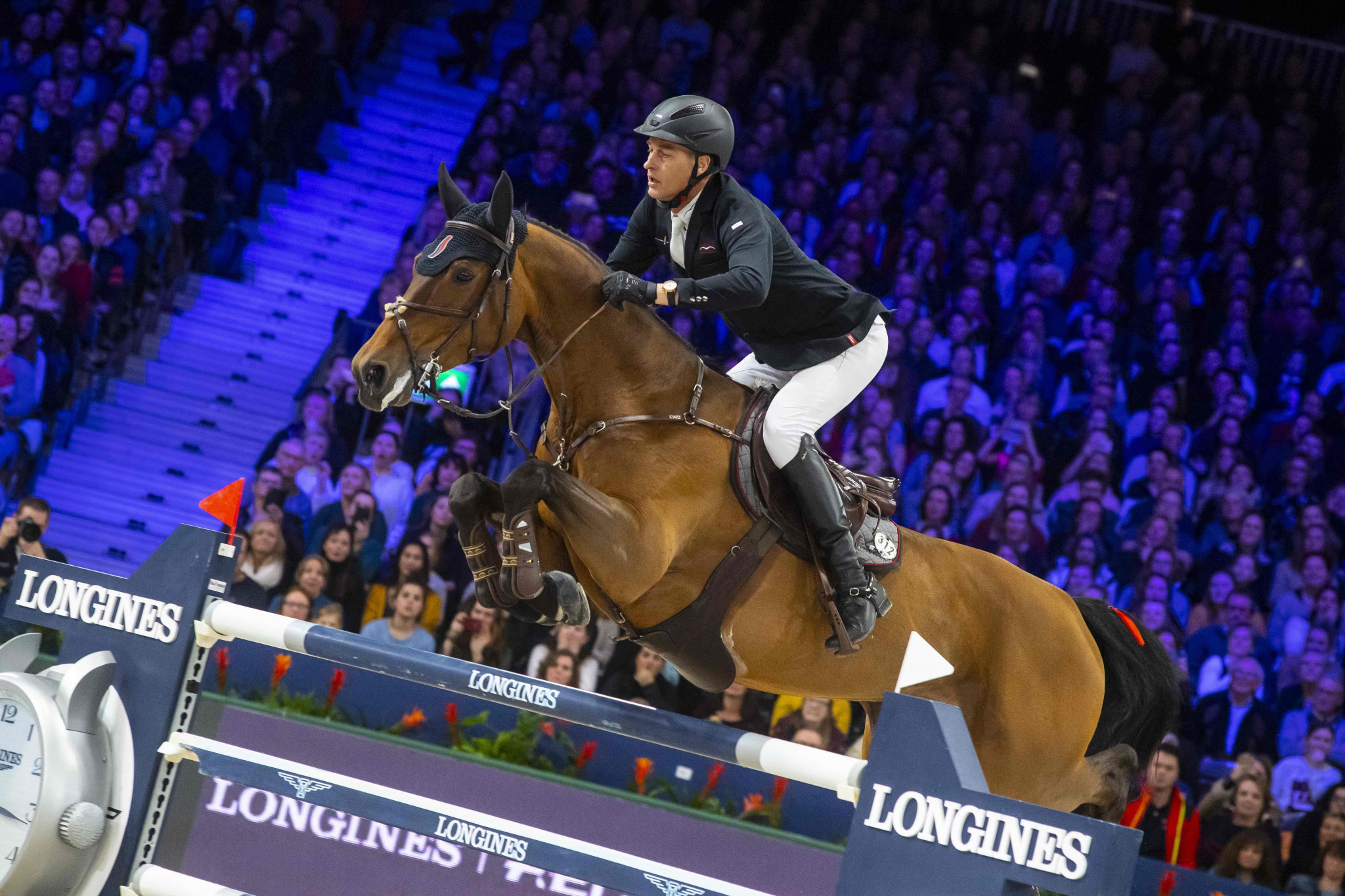Houtzager clinches home Dutch win at Jumping World Cup in Amsterdam