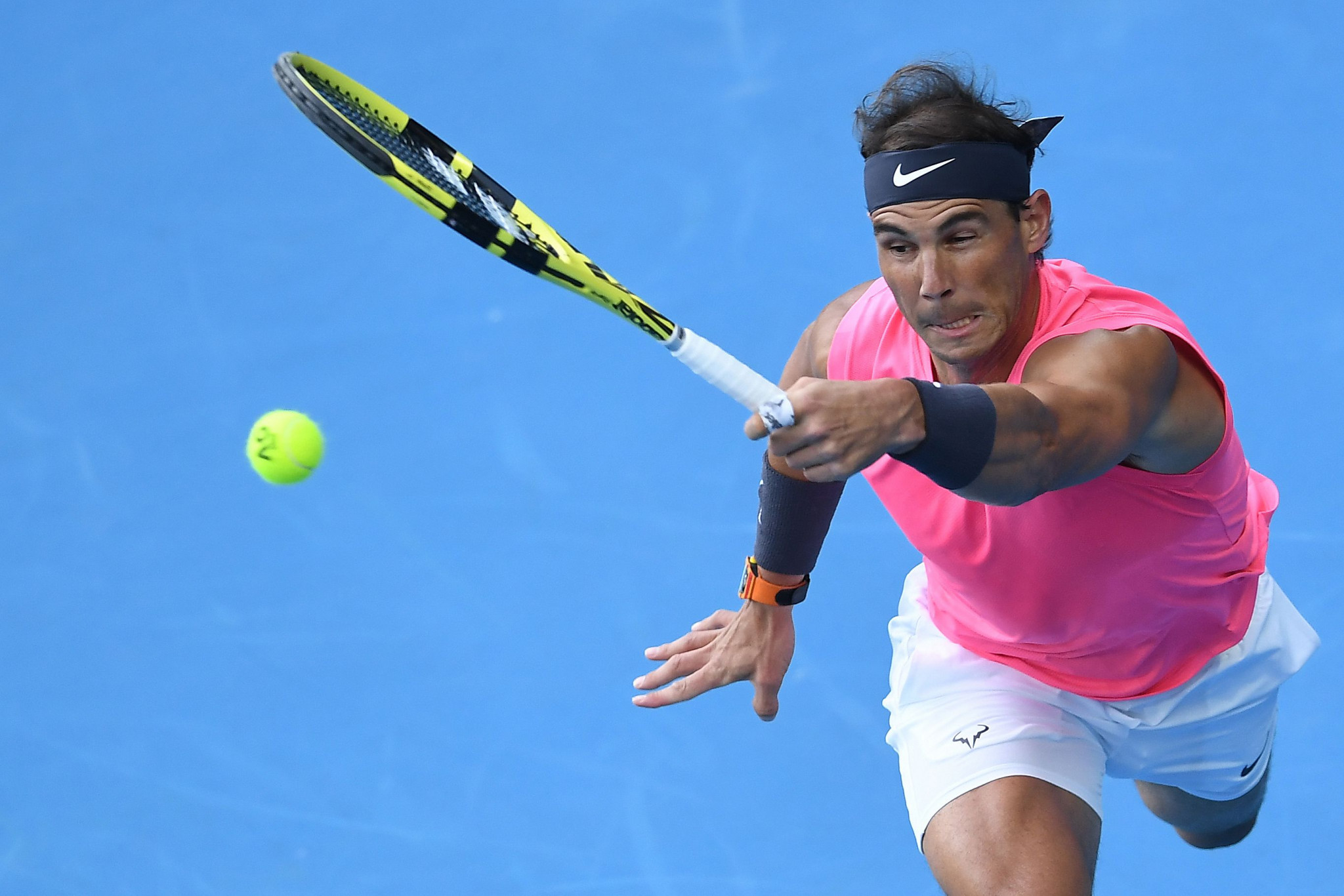 Nadal beats rival Kyrgios to reach Australian Open last eight