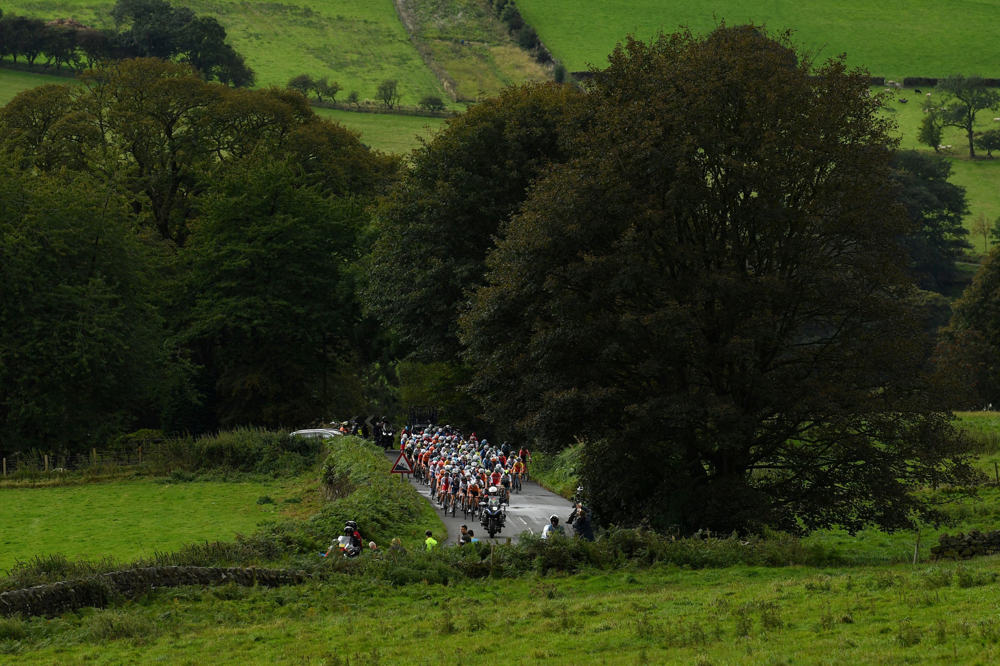 The front pack of the women's elite race in Yorkshire ©Getty Images